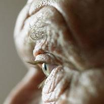 Лечение возрастной дистрофии сетчатки, диабетической ретинопатии